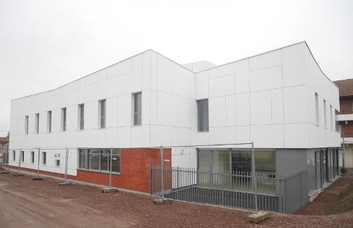 bâtiment de bureaux KIC pour le département du Pas-de-Calais pour la Maison départementale des solidarités - conception du projet par Otaké pour le promoteur KIC, KIEKEN IMMOBILIER CONSTRUCTION