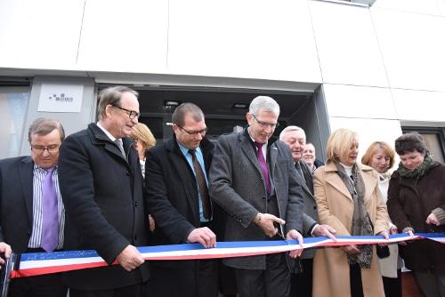 M. Dagbert, Président du Conseil Départemental du Pas-de-Calais et M. Musial, maire de Leforest inaugurent la Maison Départementale des Solidarités de Leforest, un programme KIC