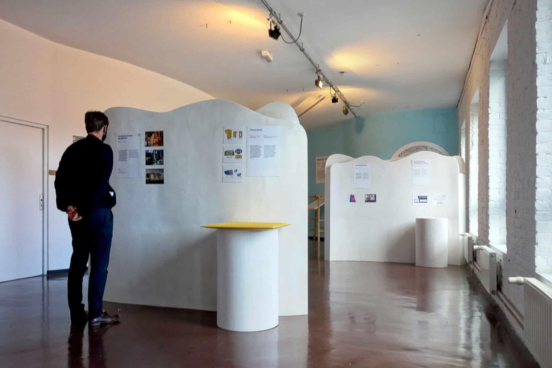 Exposition POC: Phone booth NEMUS et KIC